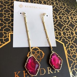 Kendra Scott💞charmaine earrings